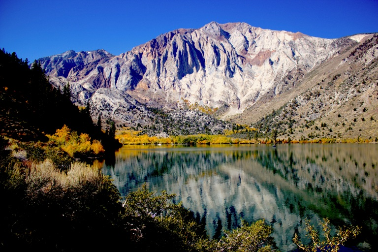 Convict Lake October 2017.jpg